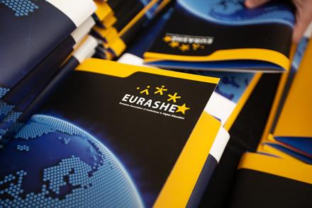 Visoje Europoje – protų nutekėjimo problema