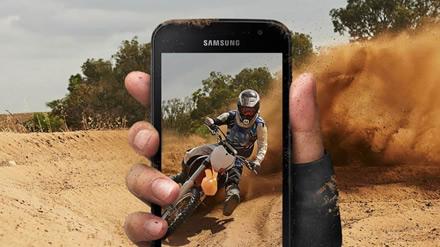 """Pristatytas itin atsparus ir beveik nepažeidžiamas """"Samsung Galaxy Xcover 4s"""""""