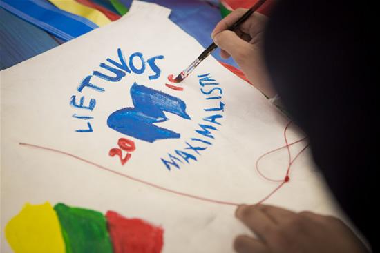 Pasiekimai mokykloje pastūmėjo svajonės link: lietuvė kuria skraidančią greitąją pagalbą