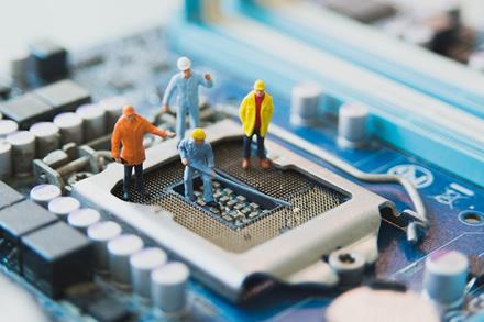 Technologijos diktuoja naują darbo rinką: inžinerinį išsilavinimą turintys specialistai yra ypač svarbūs