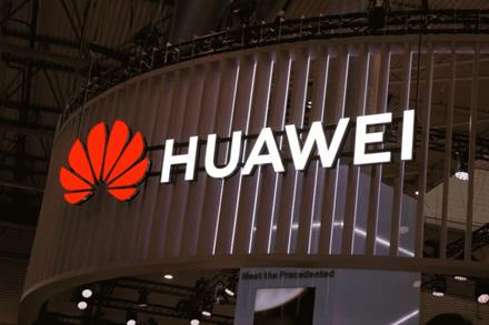 """""""Huawei"""" ketina Italijoje investuoti 3,1 mlrd. JAV dolerių"""