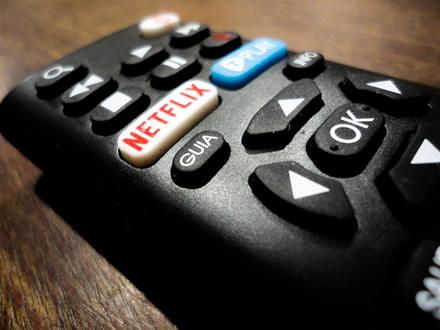 """Interneto televizijos """"Netflix"""" naujų žiūrovų skaičius nebepateisina lūkesčių"""