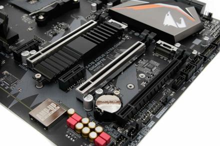 """""""Gigabyte"""" pašalino PCIe 4.0 palaikymą iš 300/400 serijos AM4 pagrindinių plokščių"""