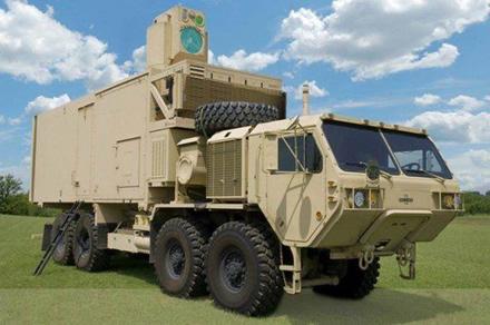 Naujas lazeris bus montuojamas ant sunkvežimio © U.S. Army