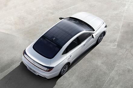 """""""Sonata Hybrid"""" © """"Hyundai Motor Group"""""""
