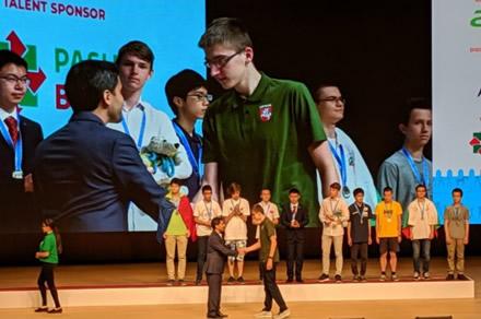 Medalių lietus tęsiasi – tarptautinėje informatikos olimpiadoje iškovotas sidabras ir bronza