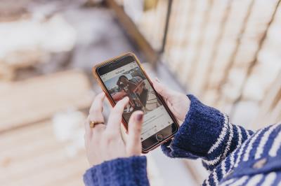 Jaunimo mainai apie interneto įtaką visuomenei