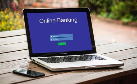 Atvirosios bankininkystės startas: klientai skirtinguose bankuose turimas sąskaitas valdys lengviau
