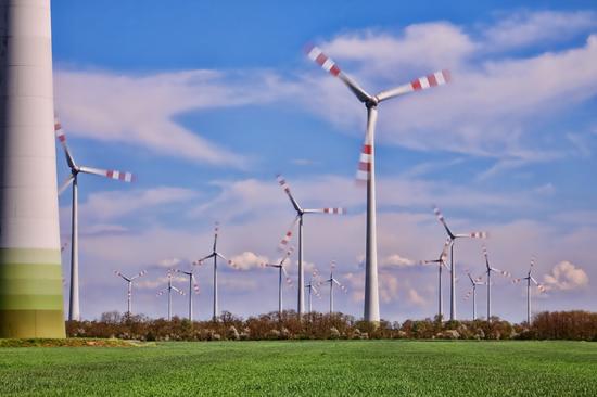 Vėjo elektrinių potencialas Europoje: elektros pakaktų visam pasauliui
