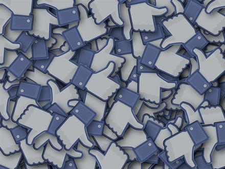 """Pakvipo pokyčiais: """"Facebook"""" gali nebeskaičiuoti """"patiktukų"""""""