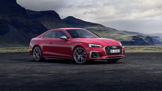 """Atnaujintas """"Audi A5"""": dar sportiškesnis ir efektingesnis"""