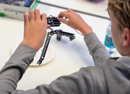 Vyks robotikos dirbtuvės jauniesiems technologijų entuziastams