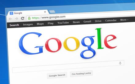 """""""Google"""" turės sumokėti beveik milijardą eurų Prancūzijai"""