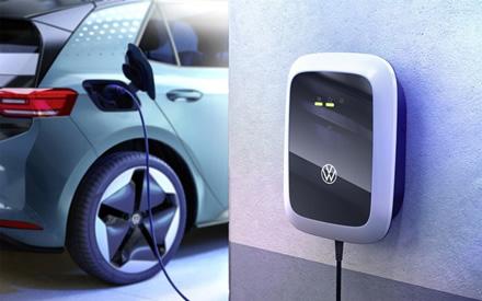 """""""Volkswagen"""" įkrovimo stotelė pasižymi modernia išvaizda, derančia prie ID automobilių dizaino. © Gamintojo nuotrauka"""