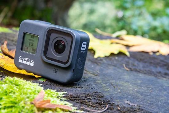 """""""GoPro"""" oficialiai pristatė naująsias """"GoPro 8"""" ir """"GoPro Hero Max"""" veiksmo kameras"""