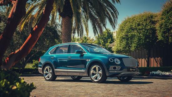 """""""Bentley Bentayga Hybrid"""" © Gamintojai"""