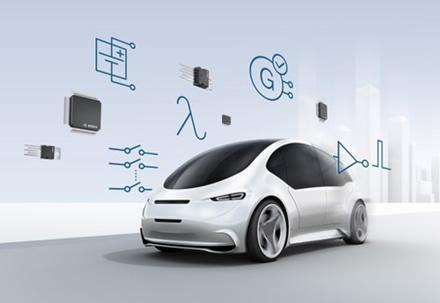 """Puslaidininkių plokštelės ir pirosaugikliai elektromobilius pavers saugesniais ©""""Bosch"""" nuotrauka"""