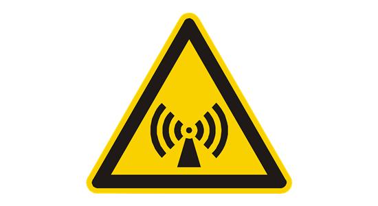 Elektronikos pavojai: nuo žalingų bangų iki pažeistų nykščių sąnarių