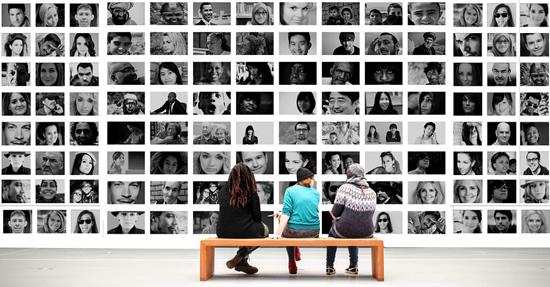 Socialiniuose tinkluose slypintys pavojai: kaip nuo jų apsaugoti vaikus?