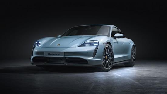 """""""Porsche Taycan 4S"""" © Gamintojai"""