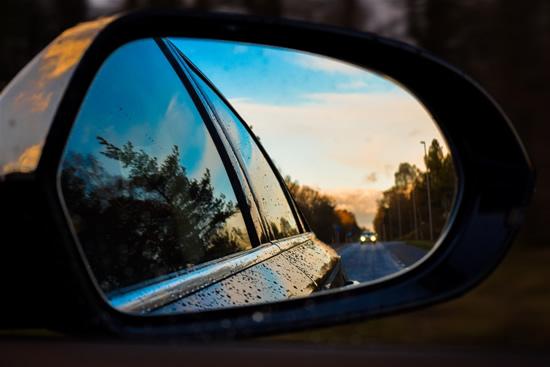 """""""Regitra"""": pažangios technologijos automobiliuose padeda vairuotojui, o ne vairuoja už jį"""