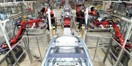 """Vaizdas iš Šanchajuje pastatytos """"Gigafactory 3"""" gamyklos © """"Tesla"""""""