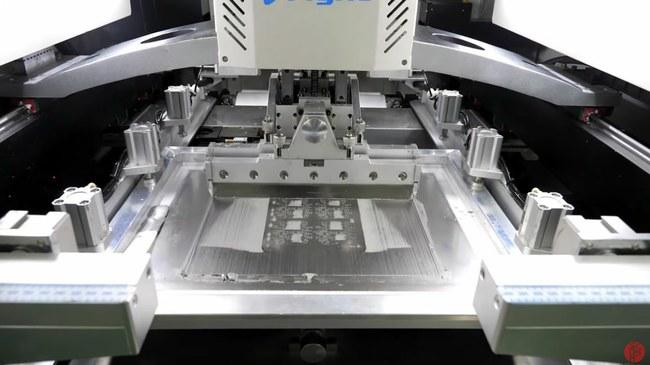 Lydmetalio pastos tepimas naudojant šabloną