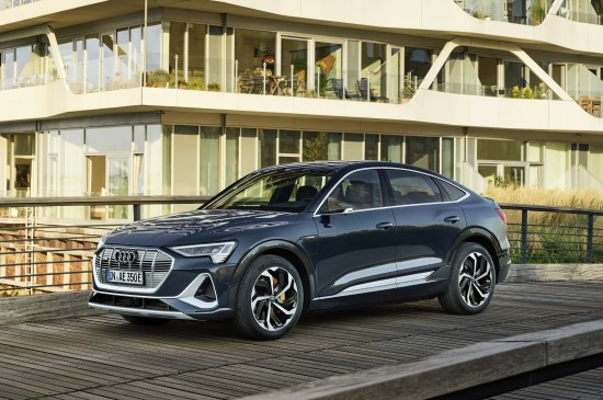 "Naujas ""e-tron"" šeimos SUV kupė: ""Audi e-tron Sportback"""