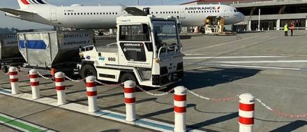 """AT135"" autonominis bagažo gabenimo traktorius © airfrance.com"