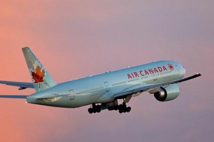 """""""Air Canada"""" lėktuvas © wikimedia.org"""