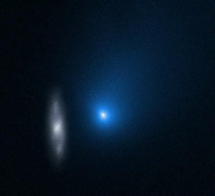 """""""2l/Borisov"""" kometa / NASA/ESA/D. Jewitt (UCLA) nuotr."""