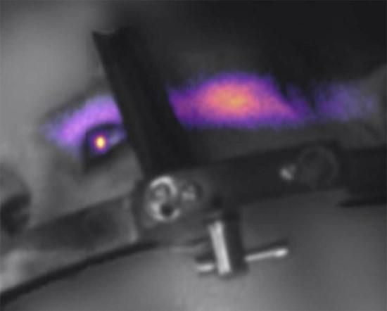 Čerenkovo spinduliavimas akyje / Lesley Jarvis nuotr.