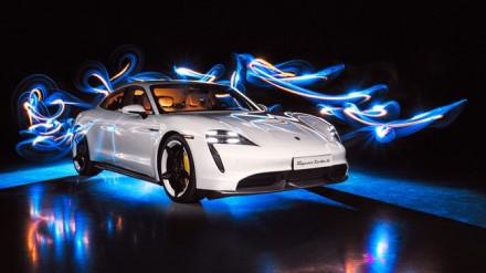 """""""Porsche Taycan Turbo S"""" © Gamintojo nuotrauka"""