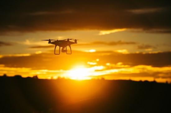 Vilnius kai kur lenkia net Vokietijos miestus: Šimašius kalba apie dronų eismą