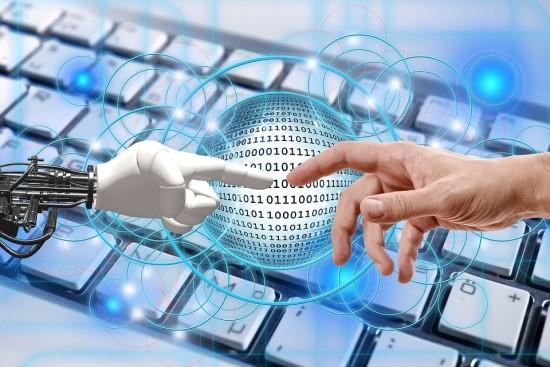 Europiečių požiūris į robotus teigiamas, bet dėl savo darbo vietos vis tiek bijo