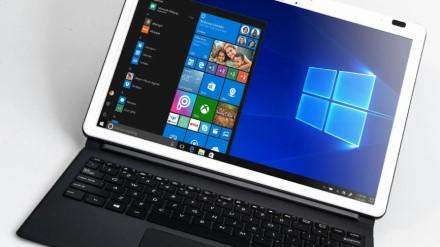 """""""Windows 10"""" vartotojų gretos sparčiai gausėja – pasiekta įspūdinga riba"""