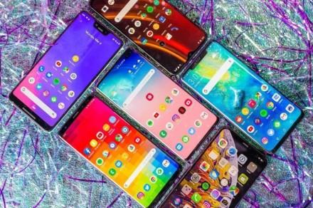 Prognozuojamas milžiniškas kiniškų telefonų pardavimų kritimas