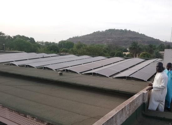 Lietuvių saulės jėgainės Malyje