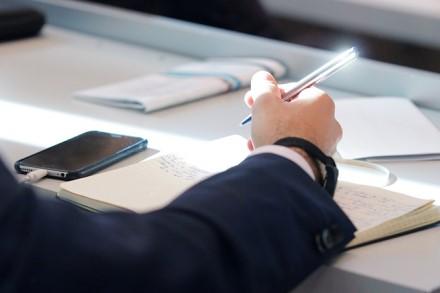 Žinia mokiniams dėl karantino: dalis egzaminų bus nukeliami