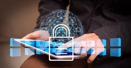 Patarimai, kaip užtikrinti IT sistemų saugumą dirbant nuotoliniu būdu