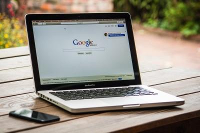 """""""Google"""" dovanoja NVO nemokamą įrankių rinkinį"""