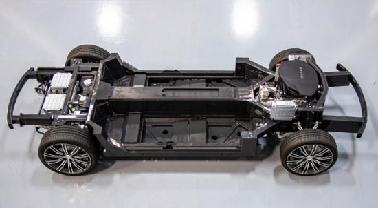 """""""E-Flex"""" platforma yra nesunkiai pritaikoma įvairioms transporto priemonėms © """"Karma Automotive"""""""