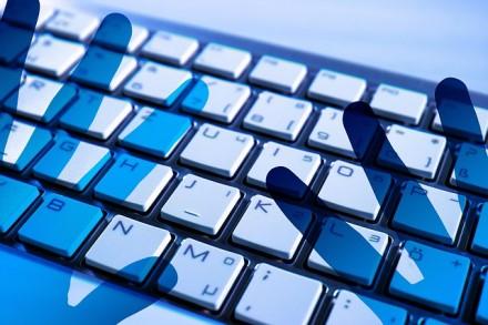 DDoS atakos: paliečia ir įmones, ir pavienius vartotojus. Kaip nuo jų apsisaugoti?