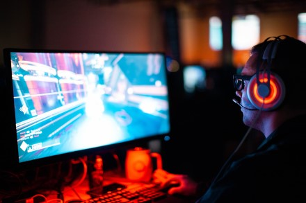 """Kompiuteriniai žaidimai ir """"Steam"""" platforma """"Bitės"""" tinkle veiks sparčiau"""