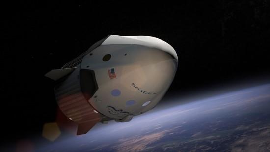 """Prasideda nauja kosminių skrydžių era: kas keisis po istorinės """"SpaceX"""" sėkmės?"""