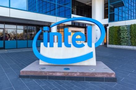 """""""Intel"""" siūlo visiems mažiau kreipti dėmesį į testus"""