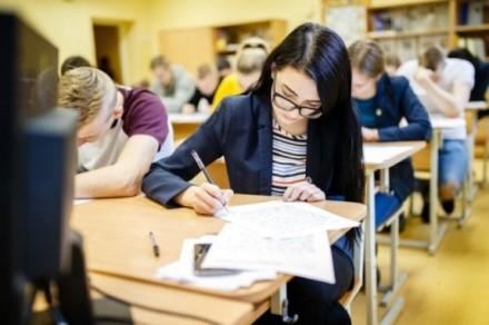 Kitą savaitę prasideda brandos egzaminai: ką svarbu žinoti?