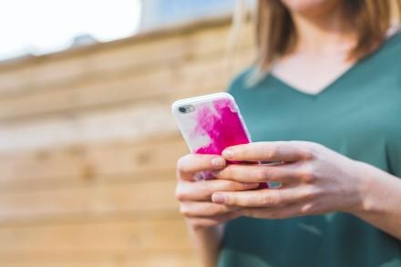 Dažnas Joninių atributas – sudužęs telefonas: kaip apsaugoti savo išmanųjį?