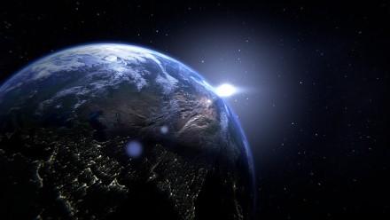 Mokslininkai aptiko netikėtą aplink Žemės branduolį apsivijusią struktūrą
