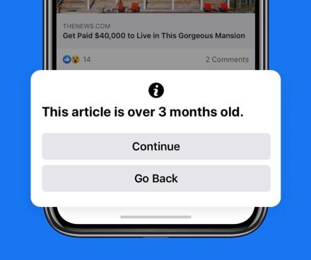 """""""Facebook"""" perspės, jei bandysite pasidalinti senu straipsniu"""